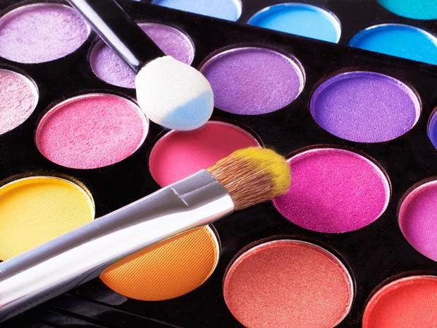comment-je-me-sers-de-ces-palettes-de-maquillage_width620