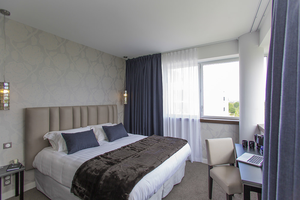 BEST-WESTERN-PLUS-Hôtel-Isidore-chambre-deluxe-1-rennes21