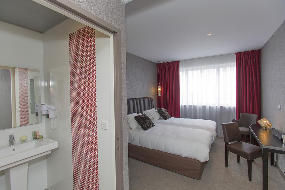 BEST-WESTERN-PLUS-Hôtel-Isidore-chambre-supérieure-2-rennes11